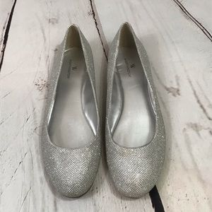 Worthington Silver Sparkle Flats Size 10